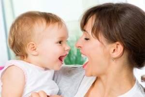 Como enseñar a hablar a un bebe