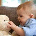 Desarrollo de un bebe de 9 meses a 12 meses