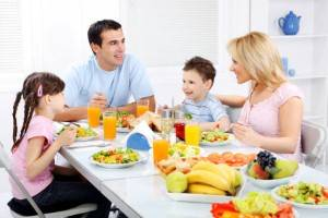 Comida para ni os hacer una dieta saludable y balanceada for A tavola con guy