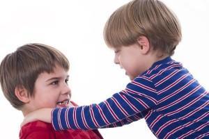 Niños que se pelean