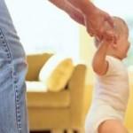 ¿Cómo estimular los primeros pasos del bebé?