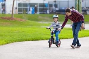 Como enseñar a andar en bici a un niño