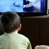 Los niños y las pantallas (televisión, ordenador, tableta y teléfonos inteligentes): recomendaciones para su equilibrio