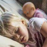 Consejos para que los niños se duerman temprano: cómo hacer que se duerman solos