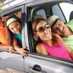 Tips y consejos para viajar en coche con niños: qué llevar, cómo entretenerles
