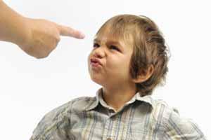 Cómo tratar a un niño rebelde